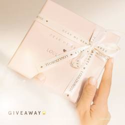 🎉GIVEAWAY TIME🎉 Together with @loulourose.co, we're giving away a curated selection of best-selling makeup and high-quality 14K Rose Gold Dip jewelries worth up to total IDR 4.5 MILLION for 3 lucky winners 🏆🏆🏆⠀ ⠀ Prize includes:⠀ 💎 LOULOUROSE X Dear Me Beauty Necklace⠀ ☀️ LOULOUROSE X Dear Me Beauty Bracelet⠀ 🌸 LOULOUROSE Anti-Tarnish Gold Polishing Cloth⠀ 💄 Perfect Matte Lip Coat⠀ ✨ Perfect Glitz Liquid Eyeshadow⠀ ⚡️Glass Skin Liquid Highlighter⠀ ⠀ To enter the giveaway:⠀ ❤️ LIKE this post⠀ 🌟 FOLLOW @DearMeBeauty @loulourose.co⠀ ✏️ COMMENT below which Lip Coat shade you want to WIN⠀ 👩‍👧‍👧 MENTION your 3 friends and ask them to join the giveaway too!⠀ ⠀ Giveaway ends on December 5, winners will be selected randomly and announced on December 7 via our Instagram story at 21:00 WIB 🎁🎉⠀ ⠀ Good luck, start SPAMMING NOW! 👇👇👇⠀ ⠀ -⠀ ⠀ 🎉GIVEAWAY TIME🎉  Ceriakan akhir pekanmu dengan memenangkan giveaway spesial koleksi makeup Dear Me Beauty dan perhiasan 14K Rose Gold Dip @loulourose.co dengan total hadiah sebesar 4.5 JUTA Rupiah untuk 3 orang pemenang 🏆🏆🏆⠀ ⠀ Hadiahnya meliputi:⠀ 💎 LOULOUROSE X Dear Me Beauty Necklace⠀ ☀️ LOULOUROSE X Dear Me Beauty Bracelet⠀ 🌸 LOULOUROSE Anti-Tarnish Gold Polishing Cloth⠀ 💄 Perfect Matte Lip Coat⠀ ✨ Perfect Glitz Liquid Eyeshadow⠀ ⚡️Glass Skin Liquid Highlighter⠀ ⠀ Cara ikutannya gampang:⠀ ❤️ LIKE foto ini⠀ 🌟 FOLLOW @DearMeBeauty @loulourose.co⠀ ✏️ KOMEN varian warna Lip Coat favorit yang kalian mau menangkan⠀ 👩‍👧‍👧 MENTION 3 temanmu dan ajak mereka untuk ikutan giveaway juga!⠀ ⠀ Giveaway akan berakhir pada tanggal 5 Desember, 3 PEMENANG akan dipilih secara acak dan diumumkan melalui IG Story kami, tanggal 7 Desember jam 9 malam WIB 🎁🎉⠀ ⠀ Komen sebanyak-banyaknya dan SPAM kolom komentar dibawah yuk! 👇👇👇⠀ .⠀ #DearMeBeauty #LocalsBetterTogether