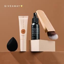 🚨GIVEAWAY🚨 Together with @aerisbeaute we're celebrating the beauty in everyone with our Complexion Giveaway for 15 WINNERS worth up to total IDR 7 MILLION! 🥳⠀ ⠀ Prize includes:⠀ ✅ NEW Airy Poreless Fluid Foundation⠀ ✅ Aeris Mr. Blendie Velvet Sponge⠀ ✅ Aeris Instant Brush Cleaner Spray⠀ ✅ Aeris Bamboo Contour Brush⠀ ⠀ Simply follow this rules to join:⠀ ❤️ LIKE this post⠀ 🌟 FOLLOW @DearMeBeauty @aerisbeaute⠀ ✏️ COMMENT which foundation shade you want to WIN⠀ 🌈 MENTION your 4 friends (MEN and WOMEN) and ask them to join too⠀ ⠀ ✨Share this post to your IG story and tag us @DearMeBeauty @aerisbeaute to get a better chance of winning!✨⠀ ⠀ Enter as many times as you like, SPAM the comment section below 💥 Giveaway ends on Feb. 14, winners will be selected randomly and announced on Feb. 16 via our IG story 🎁🎉⠀ ⠀ Good luck, start SPAMMING NOW!👇⠀ ⠀ -⠀ ⠀ 🚨GIVEAWAY🚨 Bersama dengan @aerisbeaute kami mengajak kalian merayakan cantiknya keberagaman dengan Complexion Giveaway untuk 15 PEMENANG dengan total hadiah senilai 7 JUTA RUPIAH! 🥳⠀ ⠀ Hadiah yang bisa dimenangkan:⠀ ✅ NEW Airy Poreless Fluid Foundation⠀ ✅ Aeris Mr. Blendie Velvet Sponge⠀ ✅ Aeris Instant Brush Cleaner Spray⠀ ✅ Aeris Bamboo Contour Brush⠀ ⠀ Cara ikutannya gampang banget:⠀ ❤️ LIKE post ini⠀ 🌟 FOLLOW @DearMeBeauty @aerisbeaute⠀ ✏️ KOMEN shade mana yang mau kalian MENANGKAN⠀ 🌈 MENTION 4 temenmu (PRIA dan WANITA) dan ajak mereka ikutan juga⠀ ⠀ ✨Share post ini ke IG story dan tag @DearMeBeauty @aerisbeaute untuk kesempatan menang yang lebih besar✨⠀ ⠀ Komen dan SPAM sebanyak-banyaknya💥 Giveaway berakhir tanggal 14 Februari, pemenang akan dipilih secara acak dan diumumkan tanggal 16 Februari via IG Story 🎁🎉⠀ ⠀ Semoga beruntung ya, yuk SPAM sekarang!👇⠀ .⠀ #BeautyIsUniversal #DearMeBeauty #MakeupBeyondSkincare #BeautyReinvented